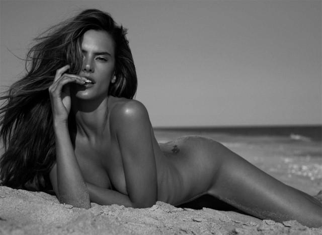 Alessandra Ambrosio'dan güzel kareler - 21