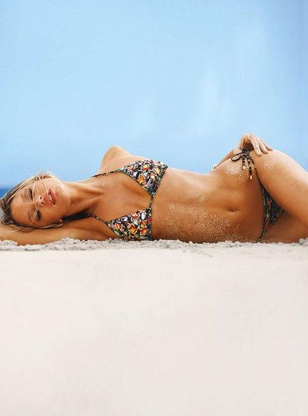 Candice Swanepoel'den seksi kareler.. - 33