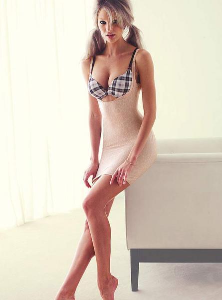 Candice Swanepoel'den seksi kareler.. - 133
