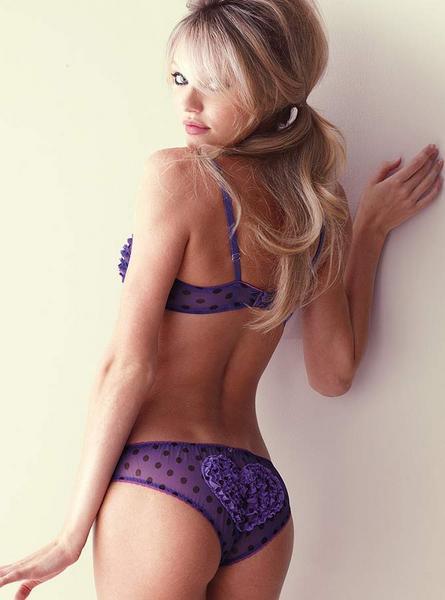 Candice Swanepoel'den seksi kareler.. - 138