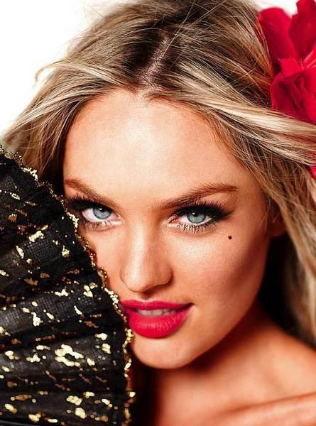 Candice Swanepoel'den seksi kareler.. - 156