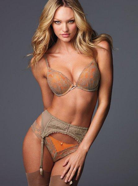 Candice Swanepoel'den seksi kareler.. - 211