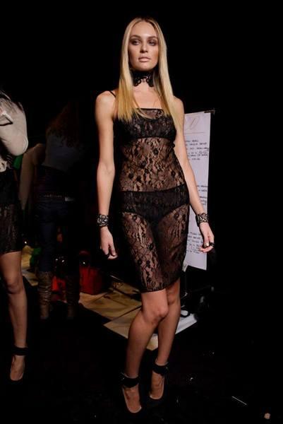 Candice Swanepoel'den seksi kareler.. - 229