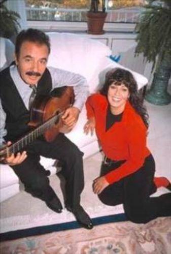 Tayfur'un şimdiye kadar en uzun süren birlikteliği ünlü oyuncu Necla Nazır ile yaşadığı oldu.