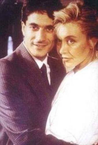 Erbil daha sonra manken Nergis Kumbasar ile evlendi. Ünlü şovmenin ondan da bir kızı oldu.