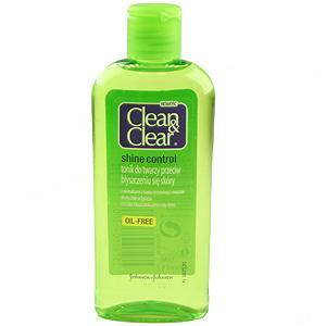 Cildi yağdan arındıran ve gün boyu süren parlama kontrolü sağlayan losyon, gözeneklerin sıkılaşmasına da yardımcı oluyor.  Parlama karşıtı Losyon: 12.73 TL, Clean&Clear