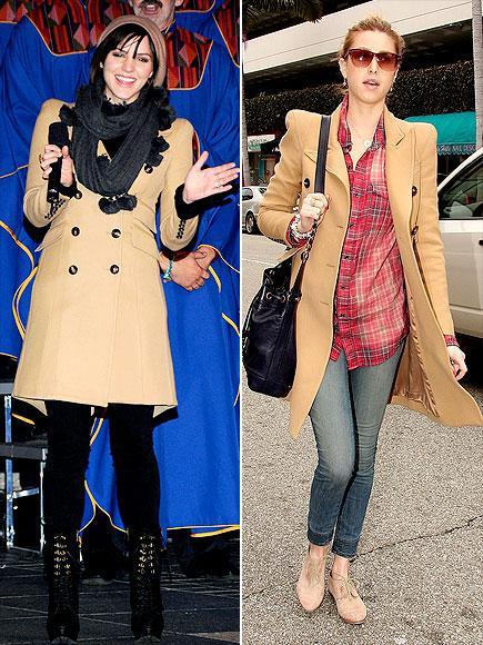 Katharine mi Whitney mi?  Kamel paltolar kış sezonunun en popüler trendlerinden biriydi. Bu yüzden Smythe'in bu paltosunu bu iki güzel kadının üzerinde görmek, bizi şaşırtmadı. Katharine McPhee atkısı ve şapkasıyla soğuğa tamamen meydan okuyor.