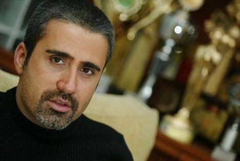 Emrah  Tuttuğu Takım : Fenerbahçe İlk Albümü : Agam Agam