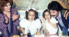 36 yıl önce Zeliha Turan Bayburt ile evlenen Tayfur, şöhret olduktan sonra ilk eşini terk etti..