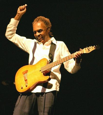 Gilberto Gil  1998 ve 2006'da Uluslararası İstanbul Caz Festivali'nin de konuğu olan Gil, bir dönem Brezilya'nın Kültür Bakanı'ydı.