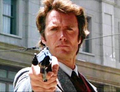 Clirnt Eastwood   Önce oyunculuk sonra yönetmenlik derken sinemada kendini kanıtlayan Eastwood, siyasete de bulaştı.