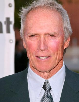 Eastwood, 1986 yılında California'daki Spangenberg kasabasının yöneticiliğini üstlendi.  (Hürriyet)