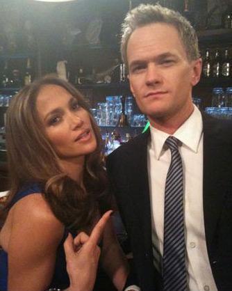 JENNIFER LOPEZ  Latin Yıldız Jennifer Lopez'da twitter çılgınlığının keyfini çıkarıyor.