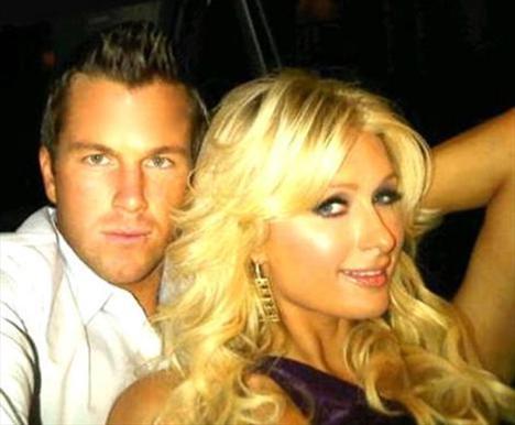 PARIS HILTON  Skandallar kraliçesi Paris Hilton, twitter müdavimi olan isimlerden.