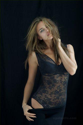 Irina Shayk çırılçıplak - 434