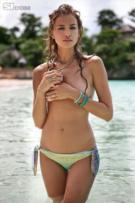 Irina Shayk çırılçıplak - 353