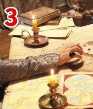 3- MOBİLYA  Doç. Dr. HÜLYA TEZCAN:  Padişah, Batılılar gibi masada oturuyor. Oysa o dönem padişahın yerde oturması, haritalara da öyle bakması gerekir. Sarayda masa kullanımı 18. yüzyıldan sonra başladı.  Prof. Dr. HAKKI ÖNKAL: Sultan kabul töreninde değilse, günlük çalışmasını yapıyorsa bir minder üzerinde oturuyor olmalıdır. Törenlerde ise tahtında oturur.