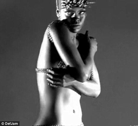 Rihanna'dan çılgın fotoğraflar.. - 29
