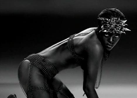 Rihanna'dan çılgın fotoğraflar.. - 30