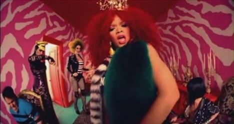 Rihanna'dan çılgın fotoğraflar.. - 5
