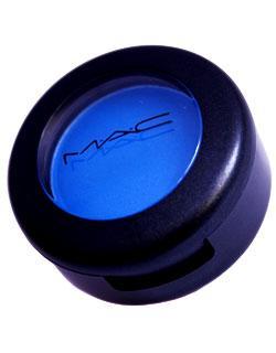 M.A.C, Elektric Eel, Göz Farı  Fiyat : 52 TL