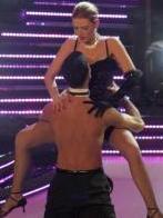 Bir dönemin en çok izlenen yarışma programlarından biri de Bak Kim Dans Ediyor oldu..