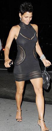 En çekici bekarlar listesinde ünlü oyuncu Halle Berry ikinci sırada yer aldı.
