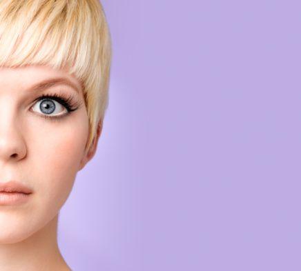 Renklerine göre gözler  Gök gözlü kadın:   Can yakıcıdır. Aşklarında değişkendir. Dilber karakterlidir.