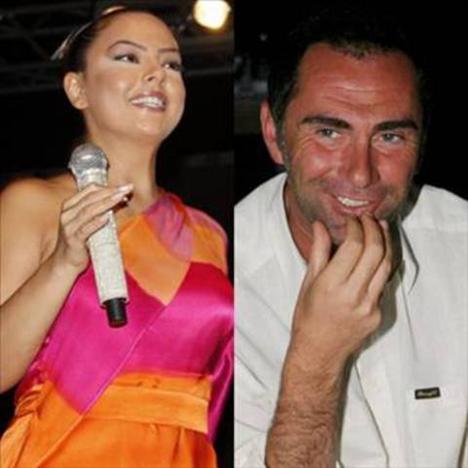 EBRU GÜNDEŞ  Atilla Saral ile aşk yaşadı.