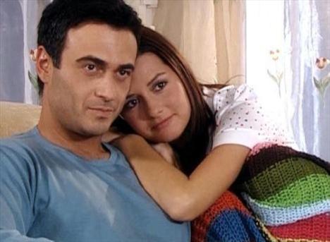DOKTORLAR (Ela - Levent)  Show Tv'nin sevilen dizisi Doktorlar'ın kavuşamayan aşıkları Ela ve Levent'ti...