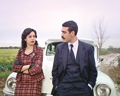 Dizinin aşıkları Güllü ve Kemal, kısa sürede sevilen ikililerden oldu.