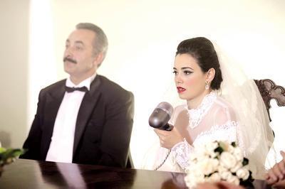 Çok geçmeden Muzaffer Bey ve Güllü nikah masasına oturdu. Kemal ise eski sevgilisinden intikam almak için Muzaffer Bey'in kız kardeşi Halide ile evlendi.