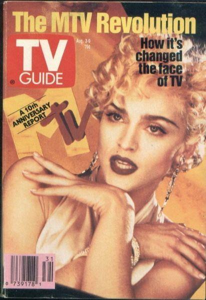 Şimdi bir zaman tüneline girip 20 yıl öncesine gittiğinizi düşünün... MC Hammer müziğin en popüler ismi, mp3 ya da divx gibi kelimeler hayatımızda yok, MTV ve oradaki videoklipler devrim olarak görülüyor.   Ne Facebook ne de Twitter kullanıyoruz, Julia Roberts 'genç yetenek', Bruce Willis hâlâ Demi Moore ile evli ve saçları var, Moore'sa şimdikinden daha yaşlı...   İşte dergi kapaklarıyla 1991...