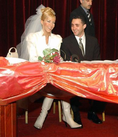 Böyle olur manken düğünü - 12