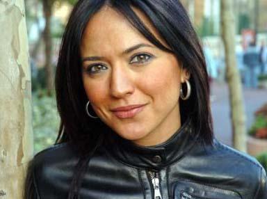 """ASLINDA 'ŞAKA' YAPMIŞ  NTV'nin ünlü spikeri Banu Güven de hakkında """"öldü"""" söylentileri çıkan ünlülerden."""