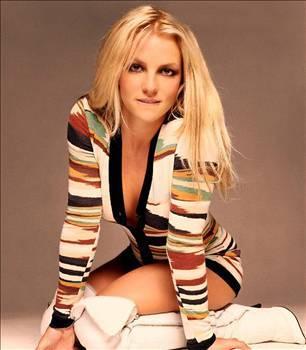 BRİTNEY SPEARS   Şöhretin yükünü kaldıramayan pop yıldızı Britney Spears, kısa süre önce psikolojik olarak tamamen dibe vurmuştu. Psikolojik yardım alan Spears'a bipolar teşhisi konuldu.