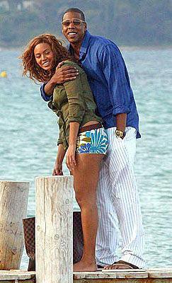 Jay Z - Beyonce  Ünlü çiftin arasında 12 yaş var.