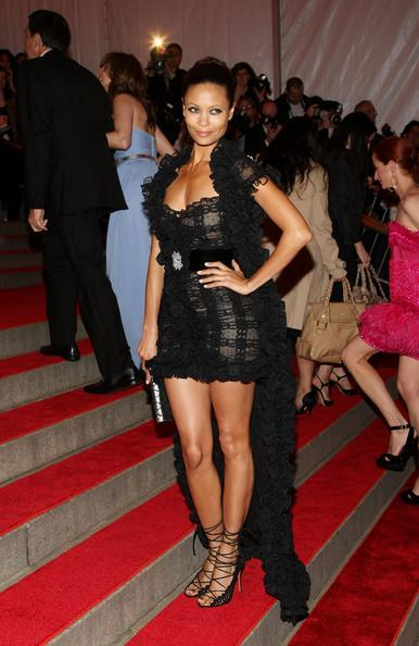 32-THANDIE NEWTON