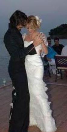 Gamze Özçelik, Uğur Pektaş ile evlendiğinde 25 yaşındaydı.