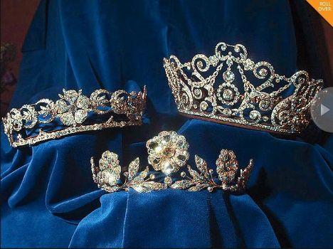 Kate Middleton 29 Nisan'da artık kraliyet ailesinden biri olacak. Peki acaba müstakbel prenses hangi kraliyet tacını giyecek?