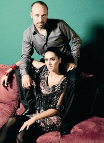 BERGÜZAR KOREL - HALİT ERGENÇ  'Binbir Gece'nin iki başrol oyuncusu, Bergüzar Korel ile Halit Ergenç de ilişkilerini uzun süre inkar edenlerden.