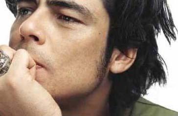 13 YAŞINDAYDIM  Ünlü aktör Benicio Del Toro da ilk deneyimini 13 yaşındayken yaşadığını anlattı.