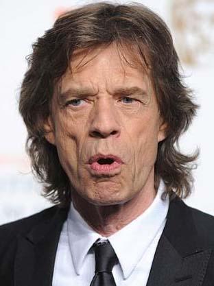 12 YAŞINDA BİR ÇOCUKMUŞ  Müziğin eski tüfeklerinden Jagger 12 yaşında ilk cinsel deneyimini yaşamış.