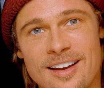 """ÖPTÜM VE HEMEN EVE DÖNDÜM  Brad Pitt ilk öpüşme deneyimini şöyle anlatıyor: """"Dördüncü sınıftaydım. Onunla evlerinin garajında buluşup öpüşmeye karar verdik.   Bu bir tür iş anlaşması gibiydi. Gittim, onu öptüm ve sonra koşarak eve döndüm. """""""