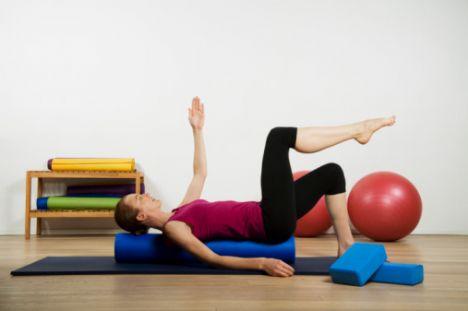 • Pilatesin temel felsefesi dengedir. Bu temelinde zihin ile beden arasındaki dengeyi sağlamak yer alır. Zihin ve beden arasındaki dengenin önemli bir parçası da sağlıklı beslenmektir. Pilates yapanların felsefesine uygun olarak aynı zamanda dengeli beslenmesi de önemlidir.
