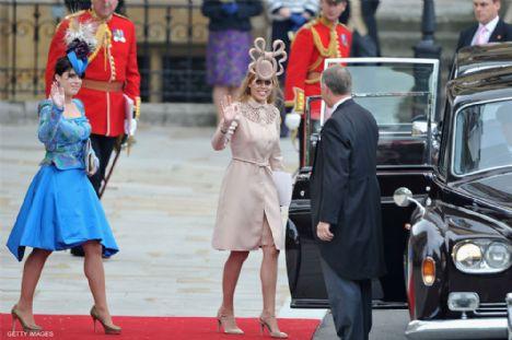 Prensesler Eugenie ve Beatrice