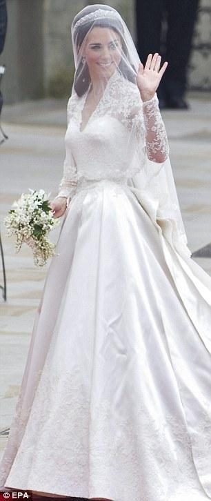 Midlleton'ın gelinliği 1956 yılında Monaco Prensi ile evlenen Grace Kelly'nin gelinliğini andırıyordu...
