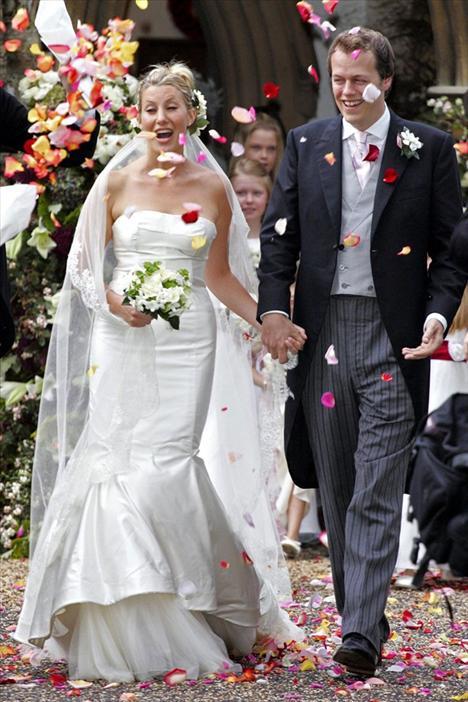 Camilla Parker'ın oğlu Tom Parker Bowles'un Sarah Buys ile olan düğünü tam olarak kraliyet düğünü gibi olmasa da, oldukça ihtiaşamlıydı.