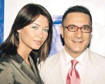 Bir dönem birlikte olan Mehmet Ali Erbil ile Nefise Karatay'ın ilişkisinde de kıskançlık bulutları dolaşıyordu zaman zaman..