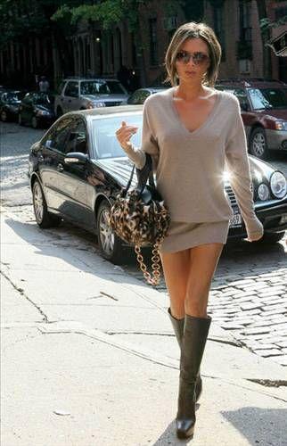 Spice Girls'ün 'Posh' lakaplı yıldızı stil ikonu Victoria Beckham eşinin bu takıntısıyla ilgili bu takıntısıyla ilgili şunları söylüyor;